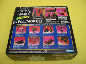BATMAN RETURNS ROBIN JET FOIL CYCLE, ROBIN AND 2 LOOSE FIGURES London Ontario image 9