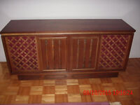 Vintage (1970's) Stereo console cabinet