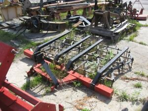7 FT BUHLER-FARM KING 3 POINT HITCH HARROWS