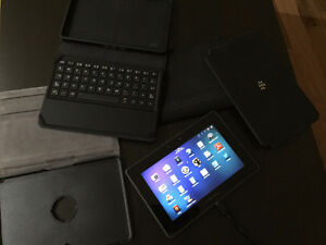 BRAND NEW BLACKBERRY PLAYBOOK 16GB - WITH LOADS OF EXTRAS