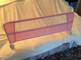 Child's bed guard.Pink