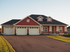 Upscale Rancher home in Strawberry Hill, Stratford