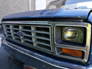 1985 Ford F-150 Camionnette 4x4