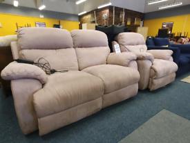 Beautiful suede electric reclining set £195