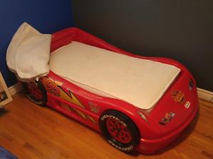 Little Tikes toddler racecar bed