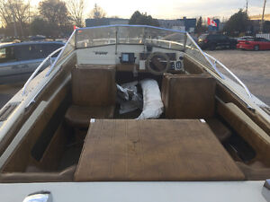 Tempest runabout 17ft with trailer sea ray bayliner bowrider London Ontario image 5