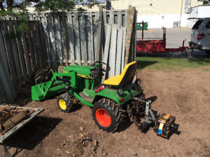 John Deere 300 with loader and 3pth