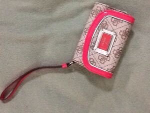 Brand new guess wristlet