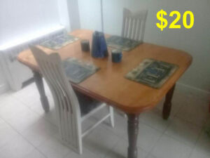 Moving Sale$10  Text or call  514 441 4141