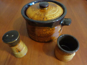 Vintage Brown/Gold Pottery