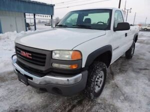 2004 GMC C/K 2500 Pickup Truck Parting Out