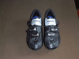 Shimano CARBON Sole cycling velo shoes 44 Euro 9.5 / 10 US