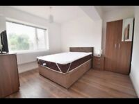 Stunning Large ENSUITE Double Room available for quick move - £ 750 / WATFORD GENERAL HOSPITAL