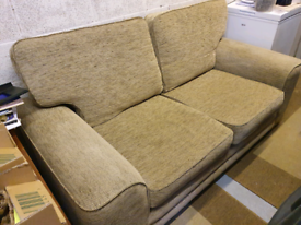 2/3 seater settee £80 - dark golden colour