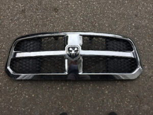 2017 Dodge Ram Chrome Grill with Black Honeycomb Inserts