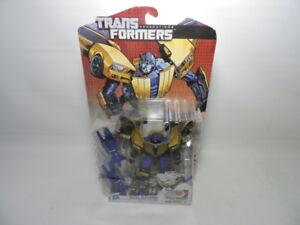 Transfomers GOLDFIRE autobot figure