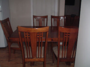 Solid Wood Dining Table and  6 Chairs Peterborough Peterborough Area image 5