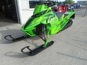 2016 ARCTIC CAT M8000 M8 162 SUMMIT RMK