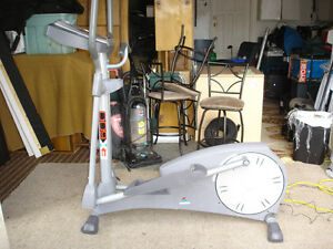 Elliptical Like New $150 Delivery Available