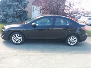 2013 Mazda 3 GS Skyactiv **Priced for quick sale**