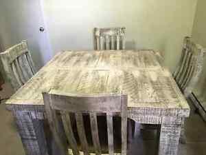 Beautiful Rustic Table custom made in Mexico Gatineau Ottawa / Gatineau Area image 1