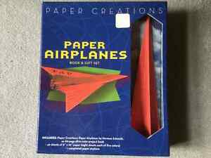 BRAND NEW PAPER AIRPLANES BOOK AND GIFT SET