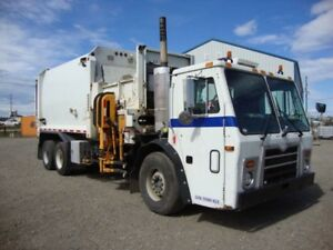 2009 Labrie Automizer Garbage truck