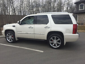 Beautiful, Loaded With Every Option, 2 Sets of Rims & Tires