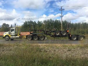Price dropped Ready to haul KenworthT800 with 2015Freflyt train Prince George British Columbia image 1