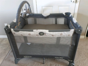GRACO PACK 'N PLAY W/O THE CHANGER