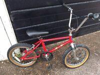 ViNTAGE OLD SCHOOL BMX
