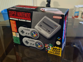 Nintendo Classic Mini: Super Nintendo Entertainment System - Brand new