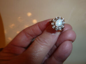 opal with diamonds ring  14k gold