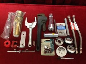 Plumbing Tools and assorted Accessories Windsor Region Ontario image 1