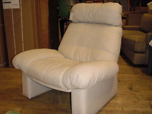 "VINTAGE ""ROLPH BENZ"" CHAIR Kitchener / Waterloo Kitchener Area image 1"