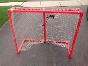 Free hockey net