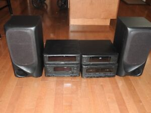 Kenwood Book Shelf Stereo System