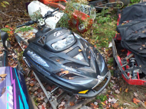 few 2003 skidoo legend 800 parts