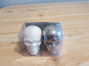 Salt and Pepper Shakers Skull Shaped