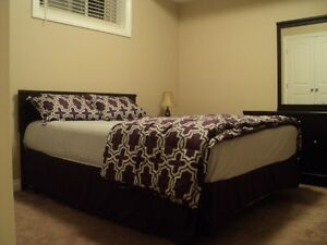 Large Bedroom(Attach Bath) in North Parson(Timberlea) $ 800
