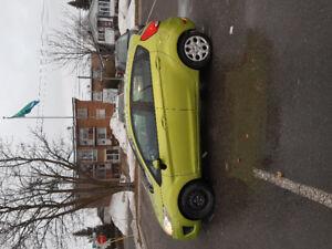 Ford Fiesta 2012 6000$ négociable