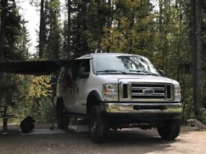 2013 Ford E-350 Sportsman 4x4 Clydesdale Van ****CAMPERIZED***