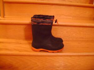 Bottes d'hiver imperméables de marque Kamik taille 4 junior