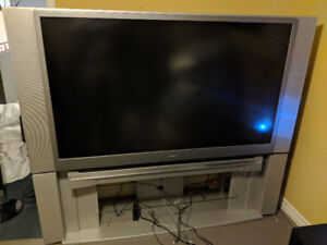 """Toshiba 62HM84 62"""" HDTV with Stand"""