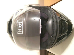 XL Carbon Fiber Riöt motorcycle helmet Brand New