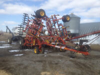 34 ft Bourgault 5710 Air Drill