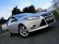 2013 Ford Focus 1.6 TDCi 115 Titanium Navigator Turbo Diesel Estate 5 door Es...