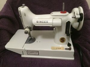 Singer Model 221 Featherweight