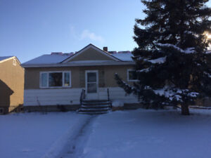 Full 2 Bedroom Home in Hazeldean for Rent