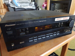 Pioneer VSX-D508/500W/5.1 channel/AV receiver for sale
